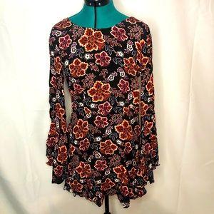 FOREVER 21 • long sleeve dress •open back • floral